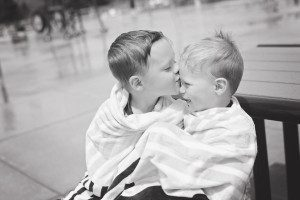 Splash Pad Kisses BW