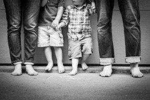 family-feet-DS