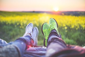 young-couple-relaxing-enjoying-sunset-from-the-car-picjumbo-com (1)