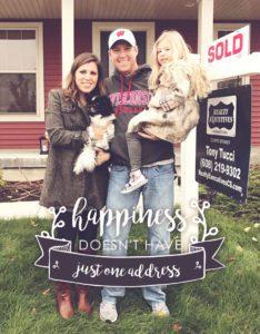 happinessdoesnthaveoneaddress