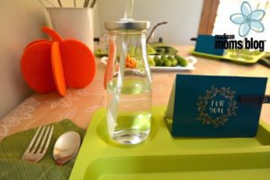 mmb-kid-table-post-water
