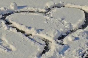 snow-snow-heart-heart-winter-159829