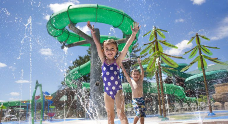 Guide to Visiting Wisconsin Dells, WI | Where to Stay, Play & Eat