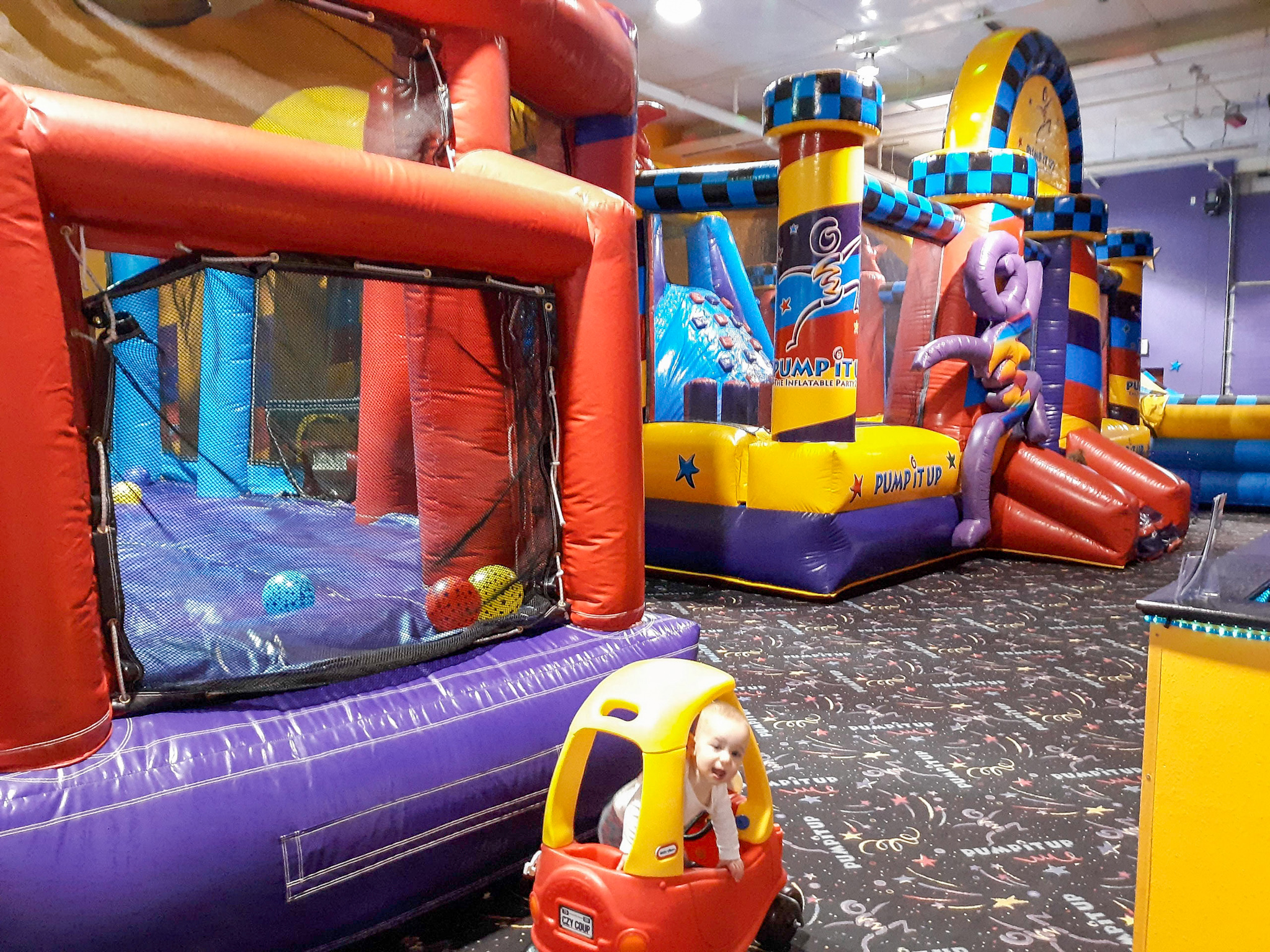 indoor inflatable bounce houses